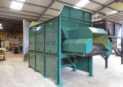 bulk feed hopper