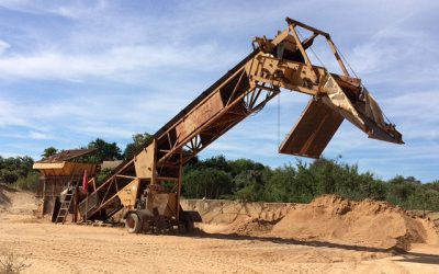 Buccaneer 300 mobile screen still producing aggregates in Portugal at 27 years of age!