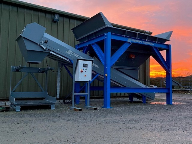 Exciting new Bulk Hopper with Bagging Facilities